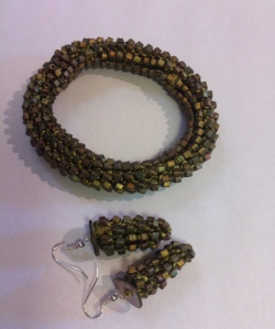Pure silk yarn (two) with glass beads bracelet and earrings (silver plated fittings).